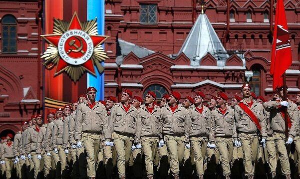 «Типа гитлерюгенд»: В параде Победы в Москве впервые поучаствовала «Юнармия». Фото и комментарий к нему - www.pinterest.com