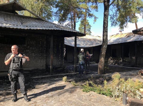 Дом Валерии Гонтаревой после пожара.