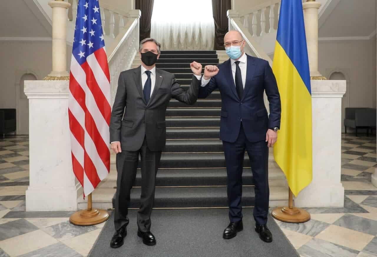 Государственный секретарь США Энтони Блинкен и премьер-министр Украины Денис Шмыгаль.