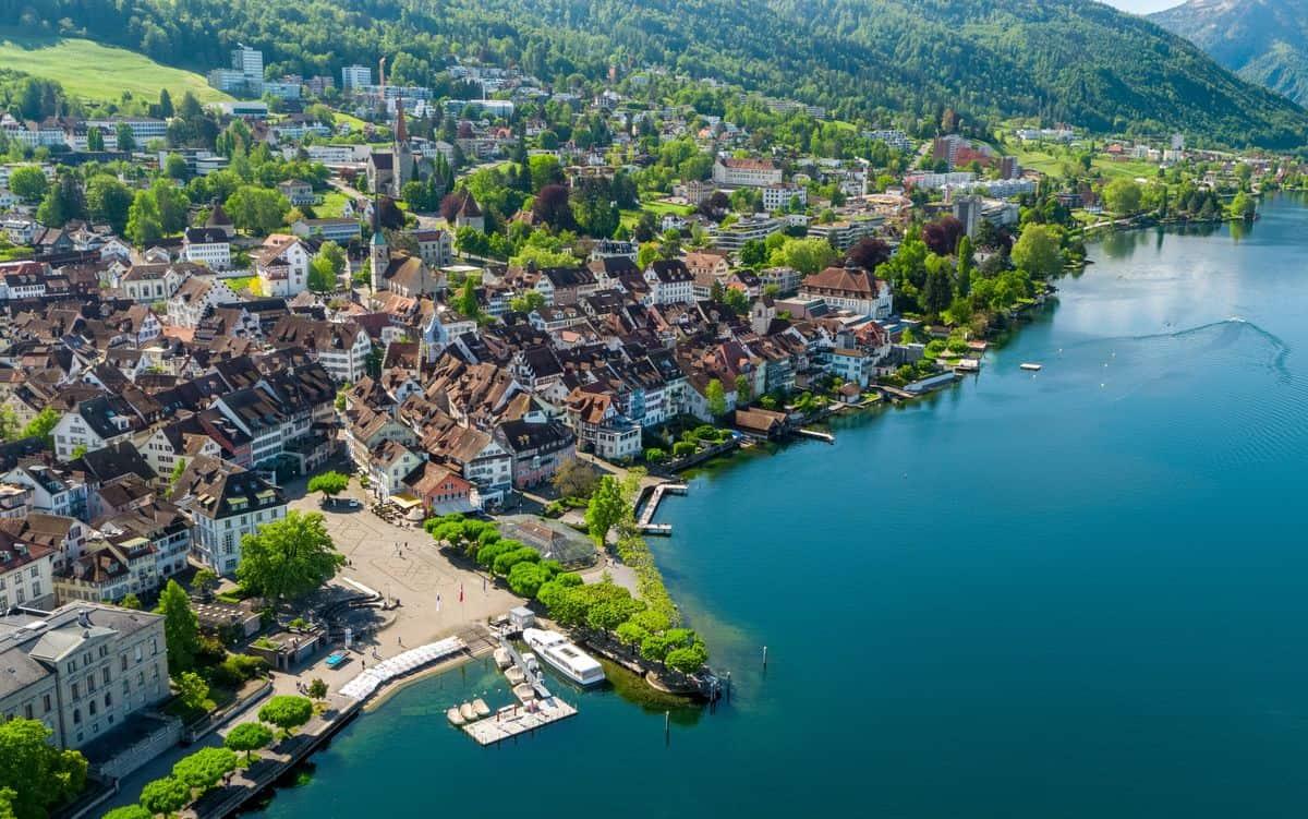 Кантон Цуг (Zug), Швейцария.